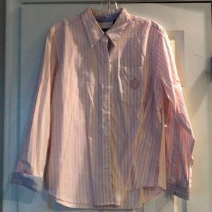 Cute pale pink & white stripe shirt, very comfy,